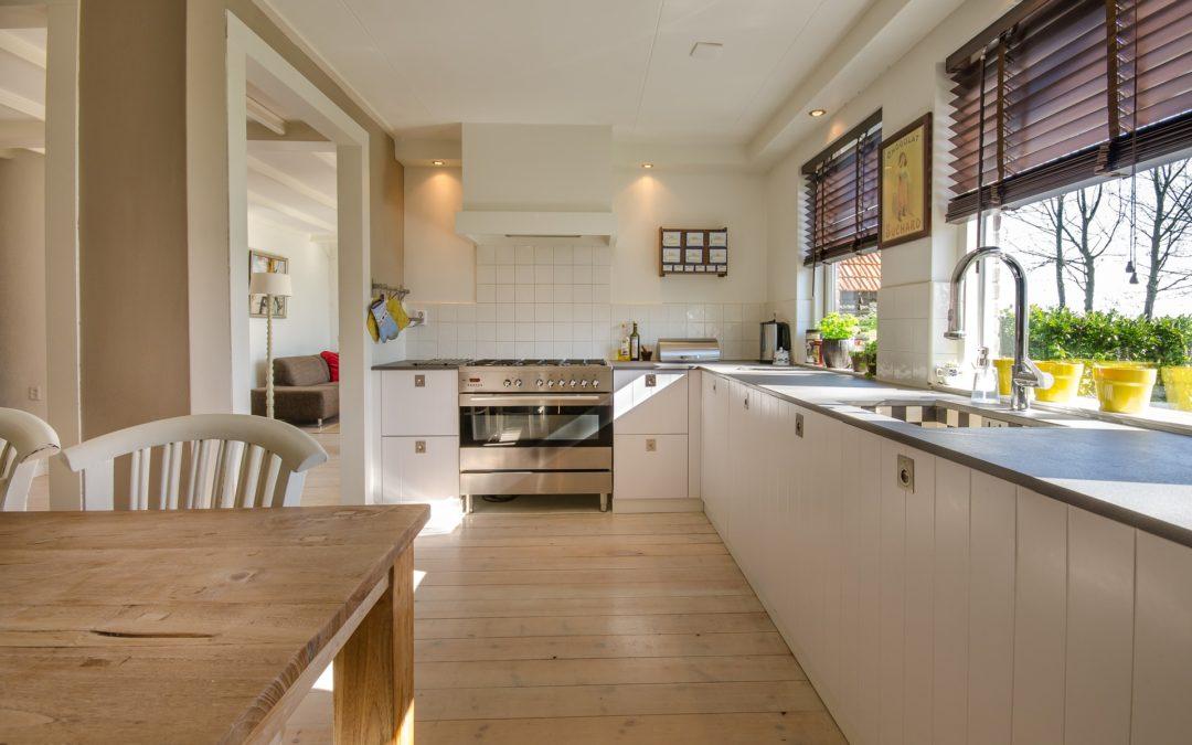 Møbler og bolig: Hvad er minimalistisk indretning?