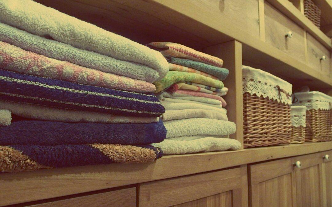 Sådan indretter du dig mest fornuftigt med et garderobeskab