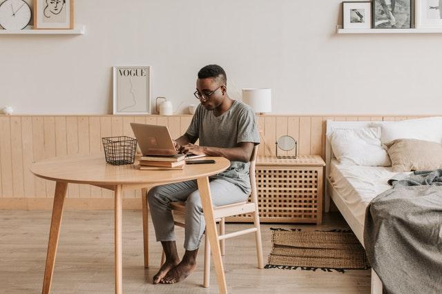 Indret dit kontor flot og praktisk